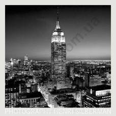 На фото Empire State Building at Night